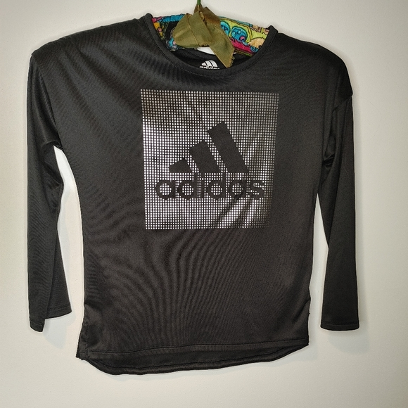 Adidas youth top